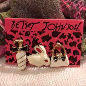 Betsey Johnson Mismatched Earrings, 3 singles